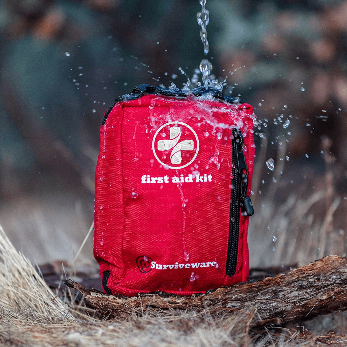 Surviveware Small First Aid Kit (6)